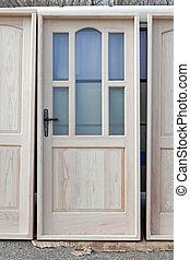 Nuevas puertas de madera