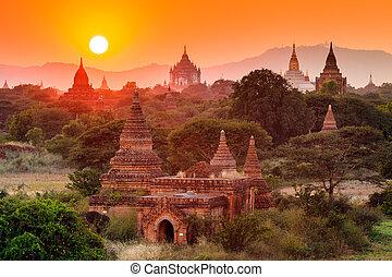 ocaso, bagan, bagan, templos, myanmar