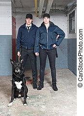 Oficiales de policía de K9