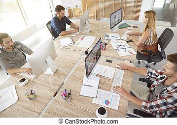oficina, vista, ángulo, alto, trabajadores