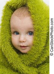 Ojos azules en verde III