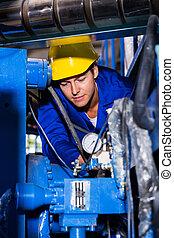 Operador de maquinaria industrial