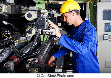 Operadora de imprenta industrial