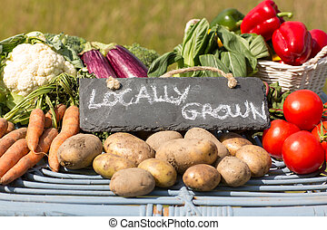 orgánico, vegetales, granjeros, estante, mercado