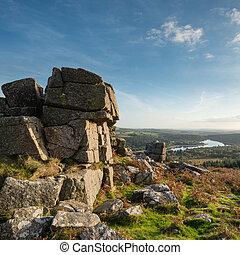 otoño, hacia, depósito, cuero, imagen, burrator, parque, dartmoor, tor, maravilloso, ocaso, nacional, paisaje, vista