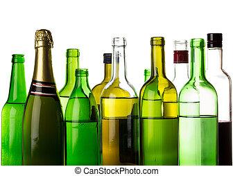 Otras bebidas alcohólicas, botellas aisladas en blanco