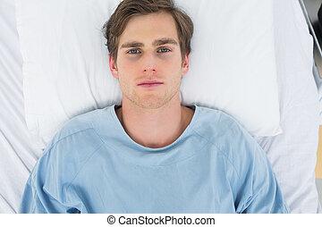 paciente, cama, acostado, hospital