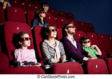 Padres con hijos en el cine