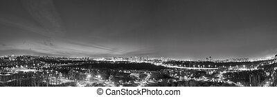 Panorama nocturno BW