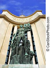 París, monumento frente al trocadero