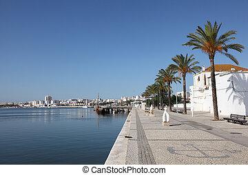 paseo, portimao, algarve, portugal