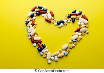 Pastillas coloridas y pastillas