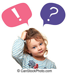 Pensando en una niña pequeña con preguntas y signos de exclamación en burbujas