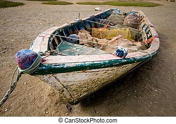 Pequeño barco pesquero