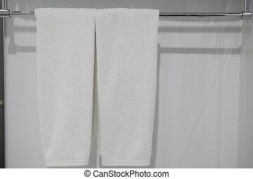 percha, toalla, blanco