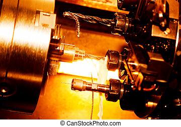 Perforación industrial y maquinaria aburrida en el trabajo