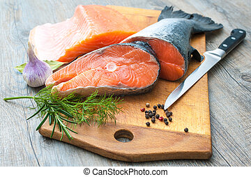 pez crudo, salmón, filetes