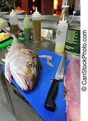 pez, restaurante, tablade picar, cocina