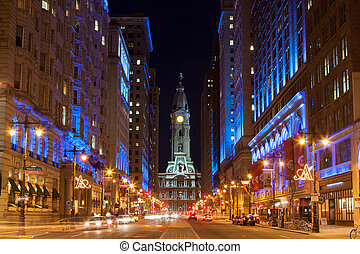 Philadelphia City Hall por la noche, Pennsylvania USA