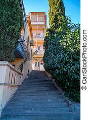 piedra, tbilisi, escaleras, pueblo viejo, georgia., estrecho