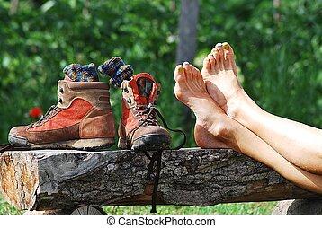 pies descalzos, shoes, viajando arduamente