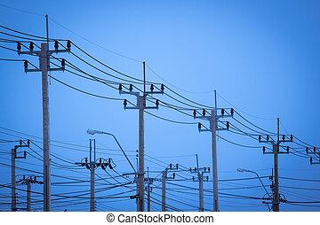 Pilón de transmisión eléctrica