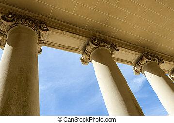 Pilares de ley y justicia