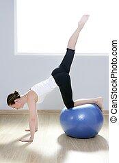 Pilates mujer gimnasio de gimnasio de gimnasio de gimnasio para mujeres