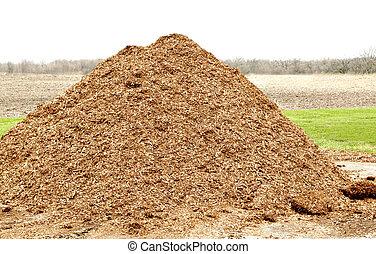 Pile de mulch natural