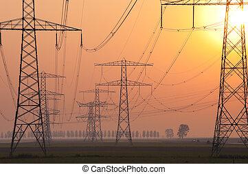 Pilones de electricidad