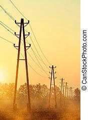 Pilones de transmisión de electricidad