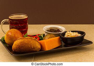 pinta, ploughmans, leicester, beer., almuerzo, rojo, inglés, mitad, queso