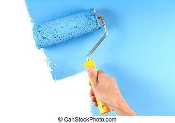 Pintura de color azul con rodillo