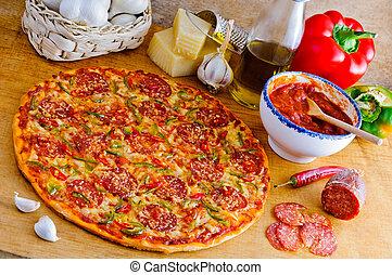 Pizza italiana e ingredientes