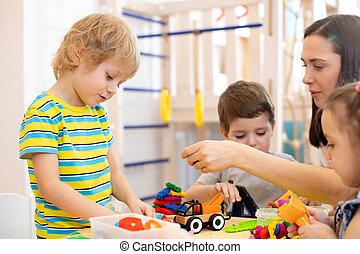plasticine, niños, niños jugar, guardería infantil, playroom., profesor, kindergarten., lección