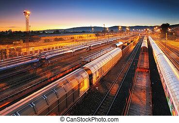 Plataforma de transporte de trenes, tránsito de carga