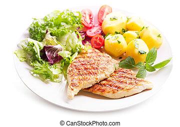 Plato de pechuga de pollo a la parrilla con verduras