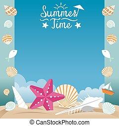 Playa de verano con capa de mar