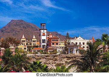 Playa las Américas en Tenerife Island - canario