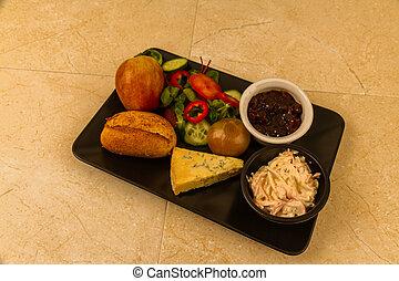 Ploughmans almuerza con queso stilton.