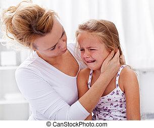 poco, reconfortante, ella, llanto, madre, niña