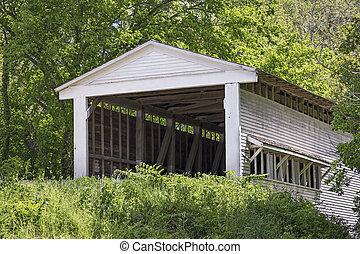 Portland Mills cubrió el puente en Parke County, Indiana