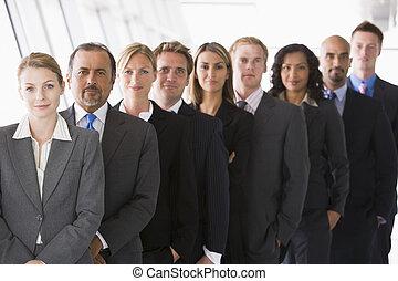 posición, grupo, espacio de la oficina, (high, key/depth, field), compañeros de trabajo, sonriente