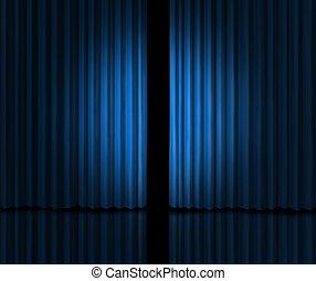 Presentarse en un escenario de cortina azul