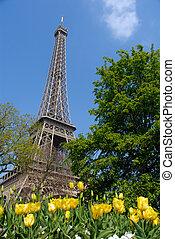 Primavera en París, Torre Eiffel