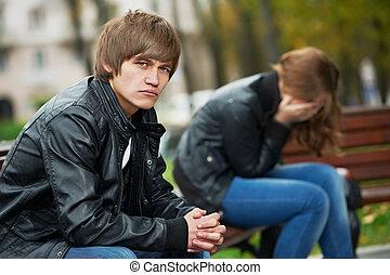 Problemas de relaciones entre jóvenes