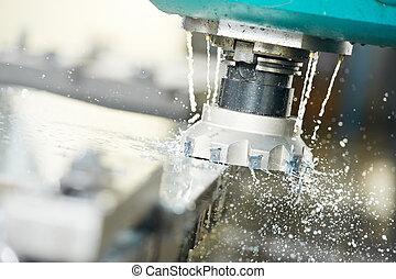 Proceso de maquinación de metal por molino