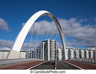Puente Clyde