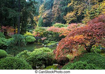 Puente de madera, jardín japonés, Portland, Oregon