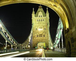 Puente de torre